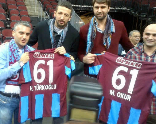 Trabzonspor USA Derneğinden Okur ve Hido'ya Destek